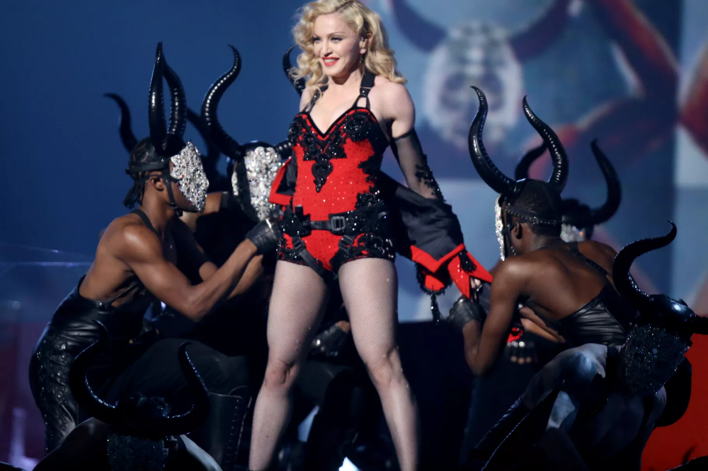Madonna performs 'Living for Love' at the Grammys, 2015