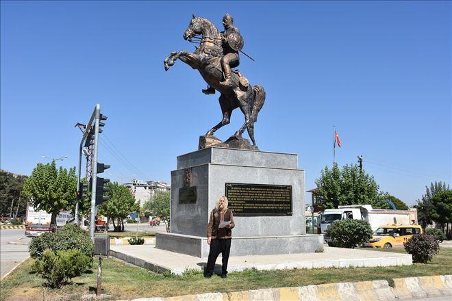 Statue of Sultan Alp Arslan, ?, Malazgirt, Turkey