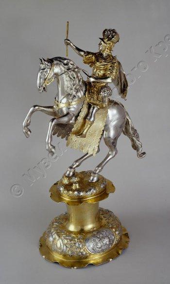Drinking cup/centrepiece modelled as a warrior on horseback, 1673, Mannlich Heinrich, Augsburg, Germany