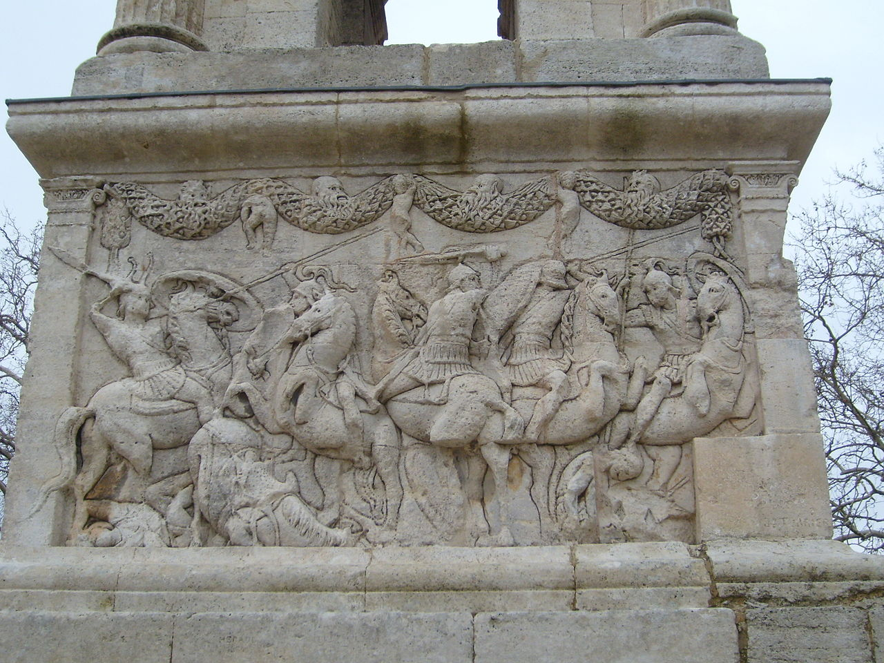 North face relief, mausoleum of the Julii, cr. 40 BC, Glanum, part of Roman Republic (now Saint-Rémy de Provence, France)