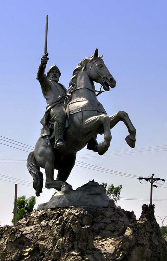 Statue of Ya'qub ibn al-Layth al-Saffar, ?, Dezful, Iran