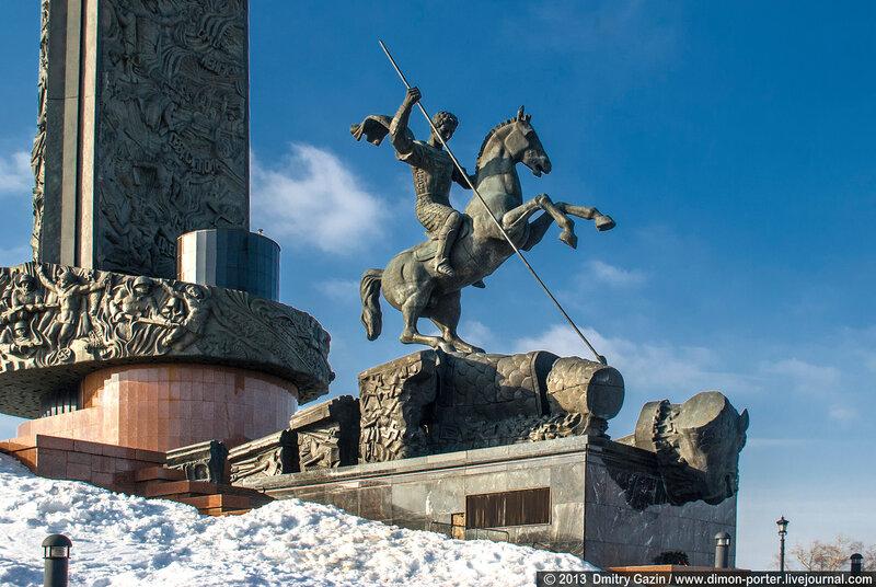 Monument to Saint George, Polkonnaja Gora, 1995, Zurab Tsereteli, Moscow, Russia