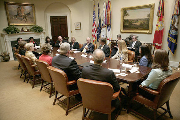 George W Bush meeting in the Roosevelt Room,2006